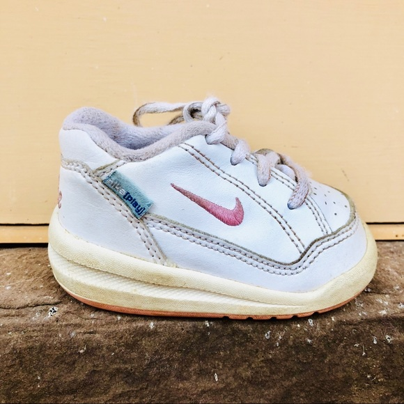 ab33fe1c9dd5b Baby Girl Nike Sneakers